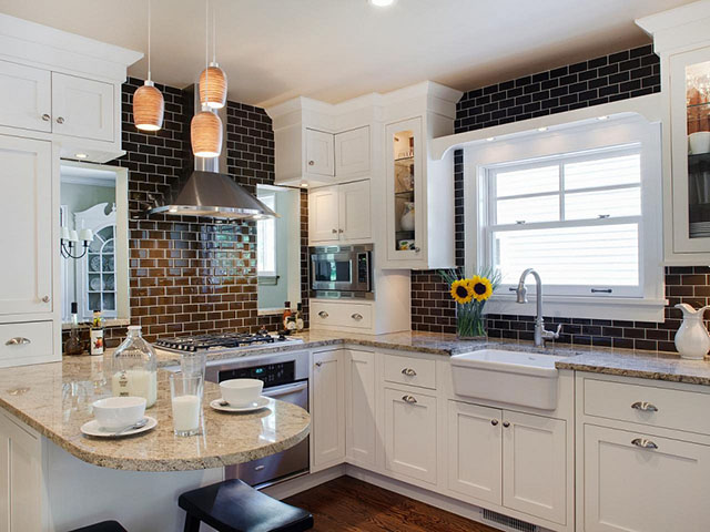 trang trí tường phòng bếp với gạch ốp tường 3