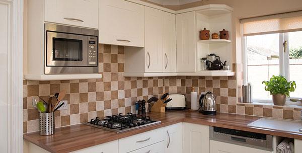 Top mẫu gạch ốp tường bếp đẹp không thể bỏ lỡ 14
