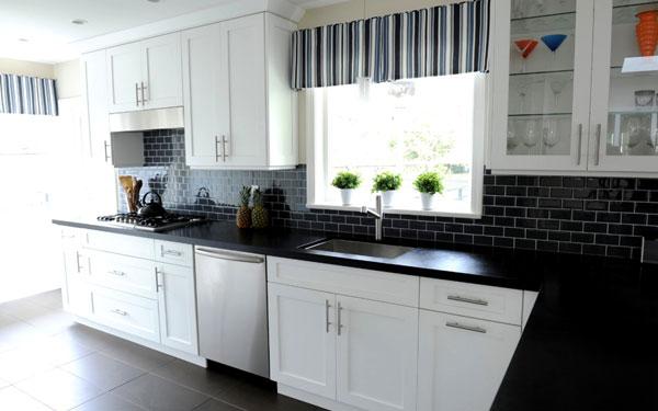 Top mẫu gạch ốp tường bếp đẹp không thể bỏ lỡ 15