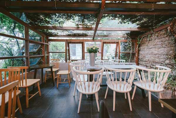 Mẹo thiết kế quán cafe đẹp cho không gian nhỏ 1