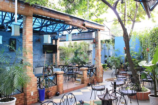 Mẹo thiết kế quán cafe đẹp cho không gian nhỏ 3
